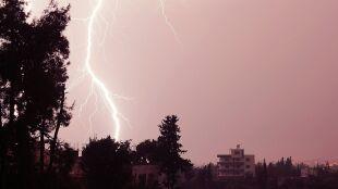 Alarm przed upałem i burzami