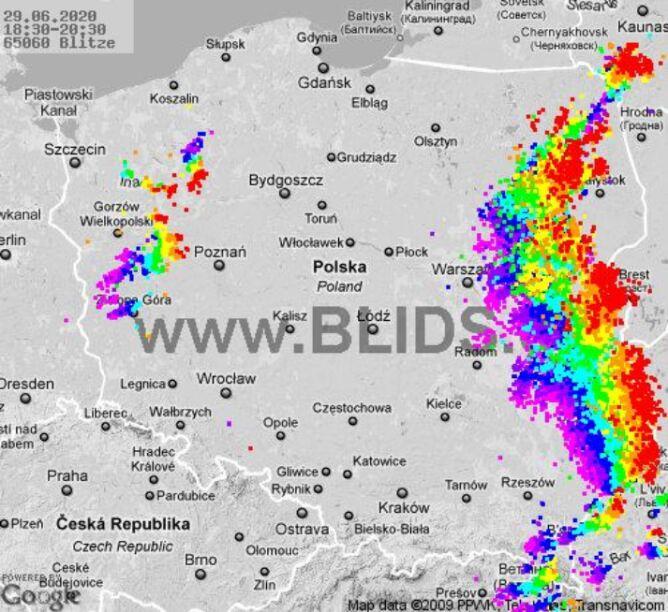 Ścieżka burz nad Polską (godz. 18.30-20.30) (blids.de)