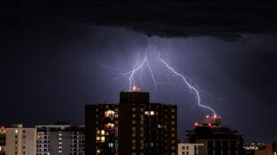 Alert RCB, ostrzeżenia przed burzami najwyższego stopnia